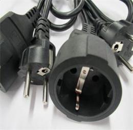 Prodlužovací pøechodka EU PLUG, typ F na typ E, 3 piny, zemìná - zvìtšit obrázek