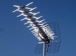 VATEN DVB-T ant�na Color Delta 7,5 - 14,8 dB, se vzp�rou
